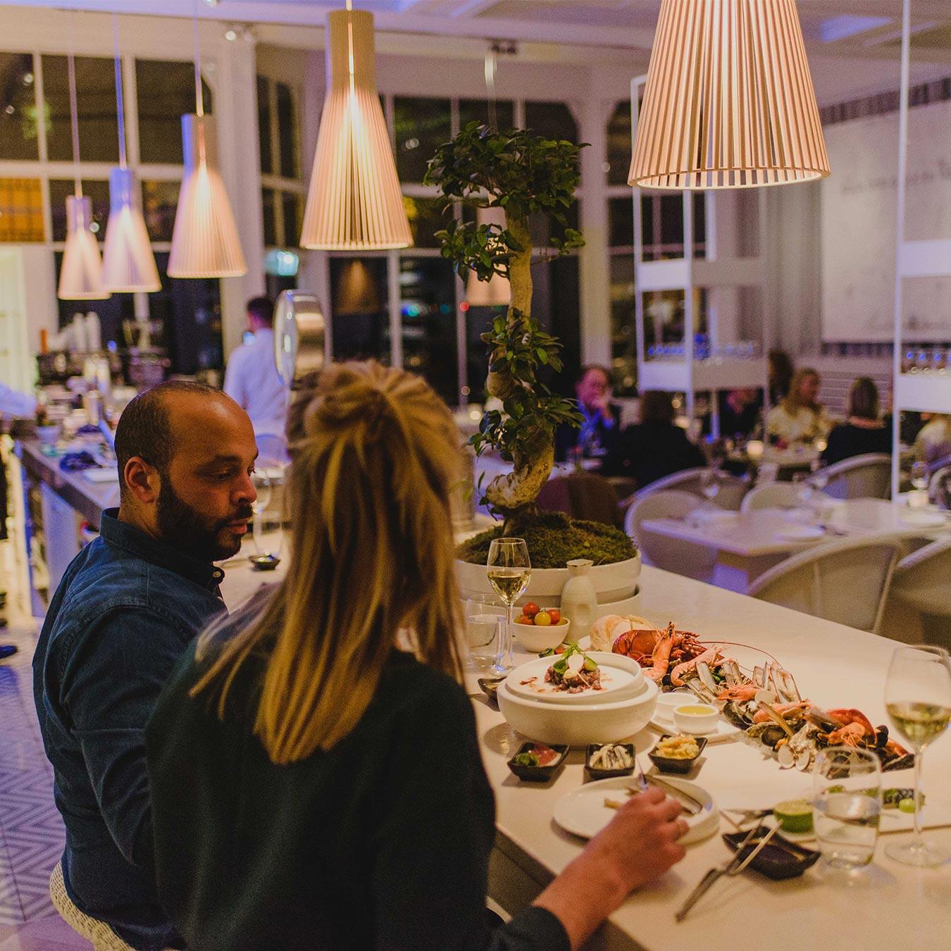 seafood bar restaurant manna
